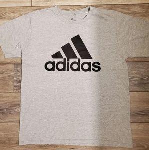 Adidas tshirt Sz L
